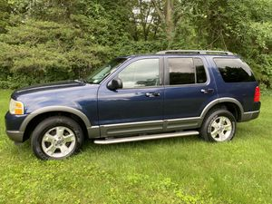 FORD EXPLORER XLT -4x4 for Sale in Vernon, CT