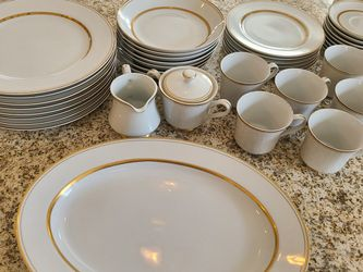 Castlecourt Fine China Regency for Sale in St. Charles,  IL