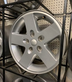 17 inch jeep rims...i have 5 of them..I WILL PAINT THEM FOR AN XTRA $100...$227 for rims as is....AREA 227—-4690 e 29th st for Sale in Tucson, AZ