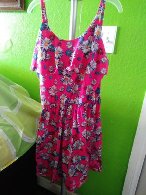 Cute girls dress size xl but runs small fits like a 8 year old girl for Sale in Hesperia, CA