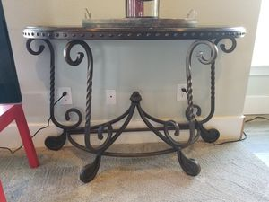 Sofa, Coffee and End Table for Sale in Hubbard, OR