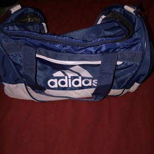 Adidas Duffle Bag for Sale in Bakersfield, CA