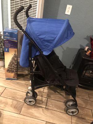 Practically New umbrella stroller for Sale in Riverside, CA