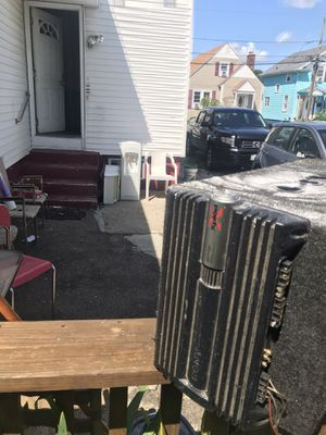 Car speakers with amp for Sale in Providence, RI