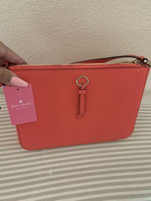 Kate Spade Medium crossbody purse for Sale in Hemet, CA