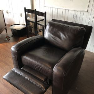 Leather Recliner for Sale in Portland, OR