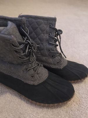 Unionbay Gray Flannel Insulated Duck Boots for Sale in Dublin, OH
