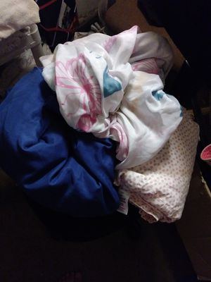FREE Twin Size Flat Bed Sheets *Please read description* for Sale in Fullerton, CA