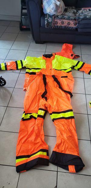 Rain suit for Sale in Montebello, CA
