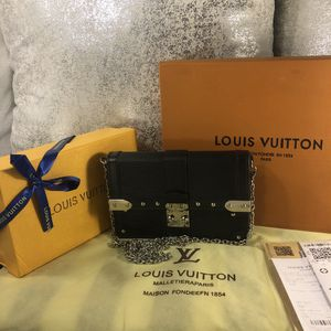 Luxury brand purse 👛 clutch for Sale in Ontario, CA