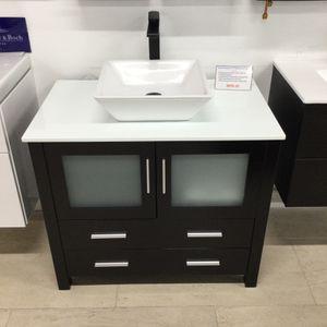 "36"" Bathroom Vanity Cabinet for Sale in Miami, FL"