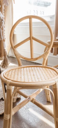 Vintage Rattan Peace Sign Kids Toddler Chair for Sale in West Hills,  CA