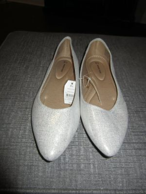Time and Tru Women memory form flat shoes new with tag silver slide on pointed toe size 9 1/2 for Sale in Stone Mountain, GA