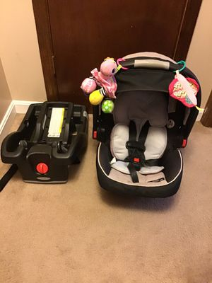 Snugride click connect 35 car seat for Sale in Coats, NC