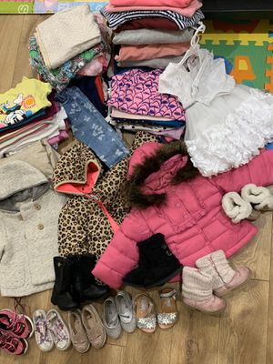 Clothing for girls from 8 months to 18 months. Jackets, boots, jeans, dresses, sweaters, body. All together $ 20 for Sale in Los Angeles, CA