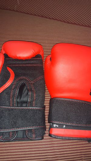 Century Boxing Gloves for Sale in Tucson, AZ