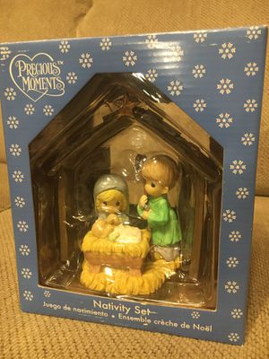 Precious Moments nativity set for Sale in Bloomingdale, IL