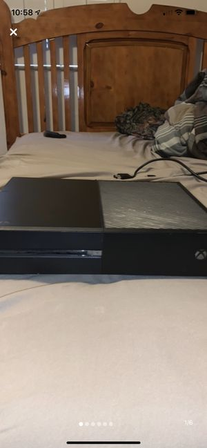 Xbox one 500 gb for Sale in Reedley, CA
