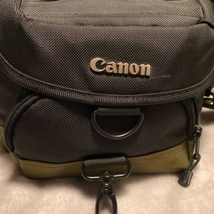 Canon Camera Bag for Sale in Hayward, CA
