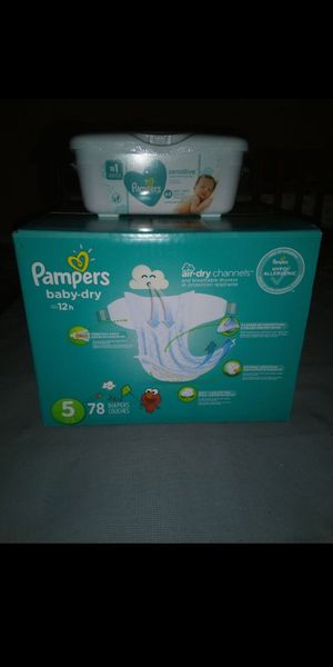 Pampers and wipes bundle for Sale in San Bernardino, CA