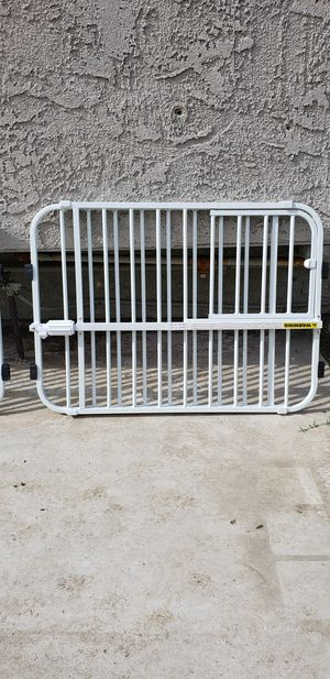 Tension Baby Gate for Sale in East Compton, CA