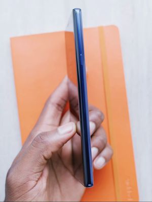 """Samsung Galaxy Note 9 ,,Factory UNLOCKED Excellent CONDITION """"as like nEW"""" for Sale in Springfield, VA"""