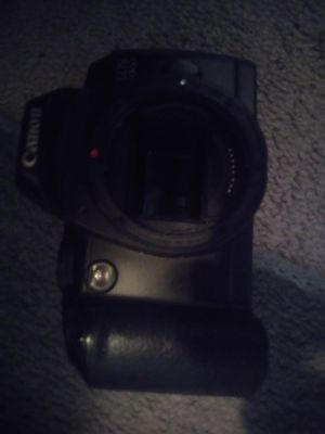 Canon 35mm Camera Set with Lense and Leather Bag for Sale in Charlotte, NC
