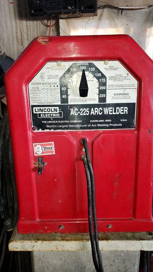 Welder for Sale in St. Louis, MO