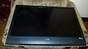 """Sony Bravia 52"""" TV for Sale in Hayward, CA"""