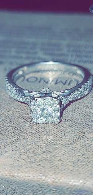Simply Vera Wang Ring for Sale in Gilroy, CA