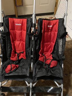 Kolcraft Double Stroller for Sale in Grants Pass,  OR