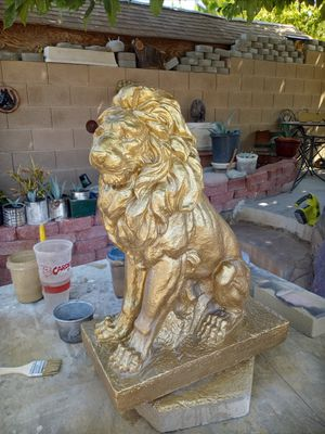 . brand New lions concret statue 24 inch tall 16x10. 150 a pair for Sale in Las Vegas, NV