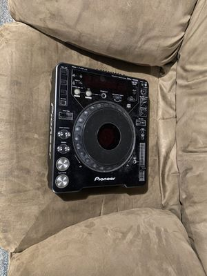 Pioneer CDJ-1000 CD / SD / microSD card Turntable - pro audio gear for DJs for Sale in Colorado Springs, CO