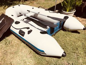 Zodiac Zoom inflatable boat with boat motor for Sale in Citrus Heights, CA