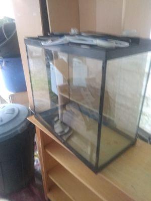 Fish aquarium for Sale in Everett, WA