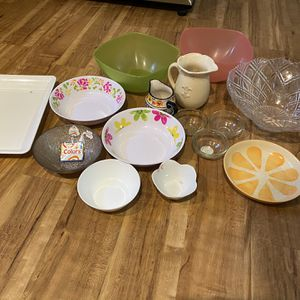 FREE - Assorted Bowls for Sale in Sharon, MA