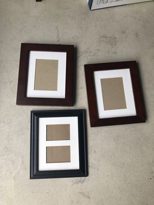 Picture frames- FREE for Sale in Lynnwood, WA