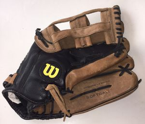 "Wilson A465 Softball Glove Mitt 14"" for Sale in Seattle, WA"