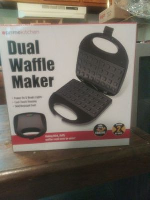 Waffle maker for Sale in Bellefontaine Neighbors, MO