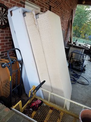 2 twin Box springs for Sale in Batesburg-Leesville, SC
