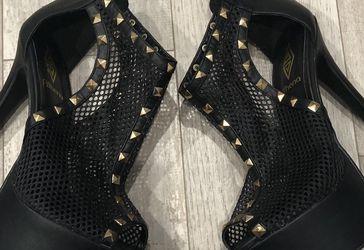 Heels Sz 7.5 for Sale in West Valley City,  UT