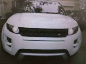 Evoque Dynamic 2o13 I posted for my aunt for pictures writing here . weidmanm127 @ G m a i l c o m for Sale in Joliet, IL