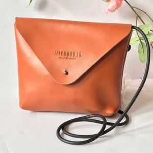 Brown crossbody leather shoulder handbag for Sale in GRANT VLKRIA, FL