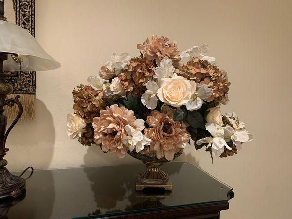 Artificial flowers BEAUTIFUL VASE 💐