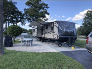 Travel trailer for Sale in Lutz, FL