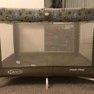 Crib Portable for Sale in Baltimore, MD