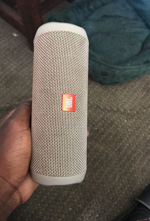 Jbl Bluetooth speaker for Sale in Suffolk, VA