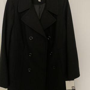 """Macys Anne Klein Winter Coat - Black """"L"""" for Sale in Schaumburg, IL"""
