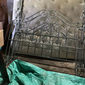 Iron/metal headboard for Sale in Smithville, MO