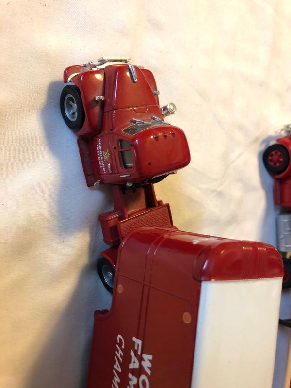Budweiser Corgi metal collectors trucks (2)